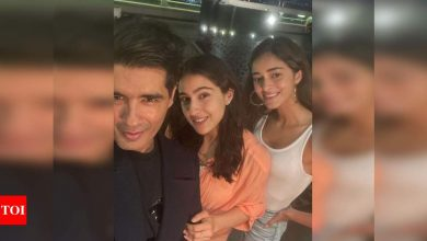 Sara Ali Khan and Ananya Panday are smiles as they pose for selfies with Manish Malhotra at a party! - Times of India