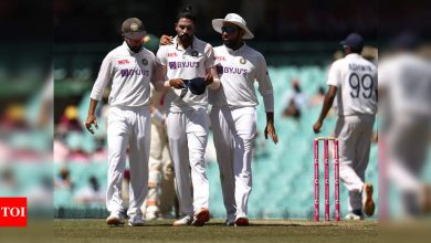 Sorry Siraj and Indian team, racism not acceptable: David Warner   Cricket News - Times of India