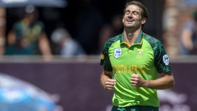 South Africa name uncapped Daryn Dupavillon and Ottniel Baartman in Pakistan Test squad