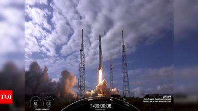 SpaceX launches 143 satellites, breaks world space record - Times of India