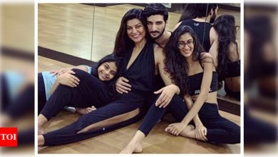 Sushmita Sen's daughter Renee calls Rohman Shawl a man of few words, says his approval means a lot to her - Times of India