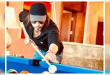 THIS picture of Shah Rukh Khan playing billiards will give you major weekend vibes - Times of India