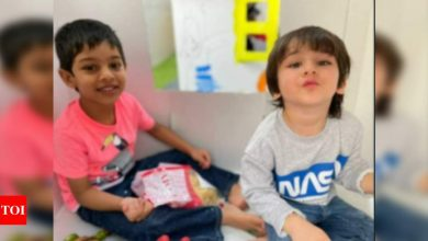 Taimur Ali Khan has his pout on point like mommy Kareena Kapoor Khan in THIS picture with BFF - Times of India