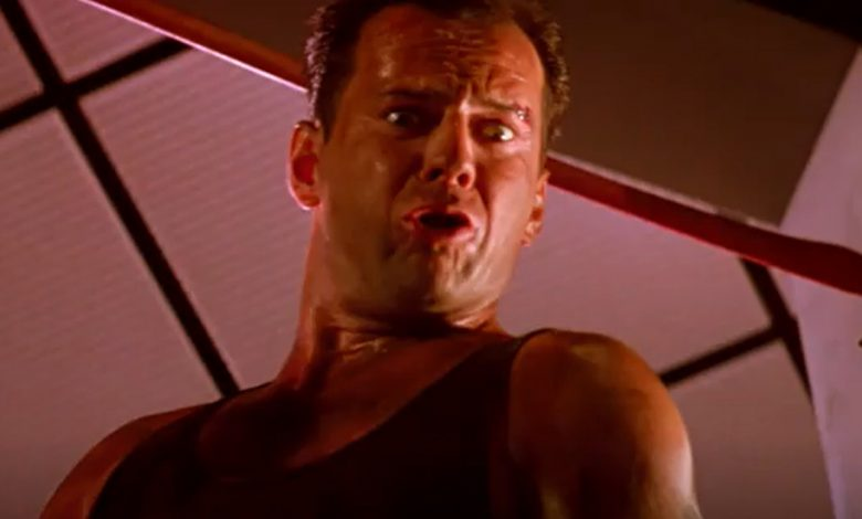 Terry Gilliam says Bruce Willis' mouth looks like an  'a – – hole'