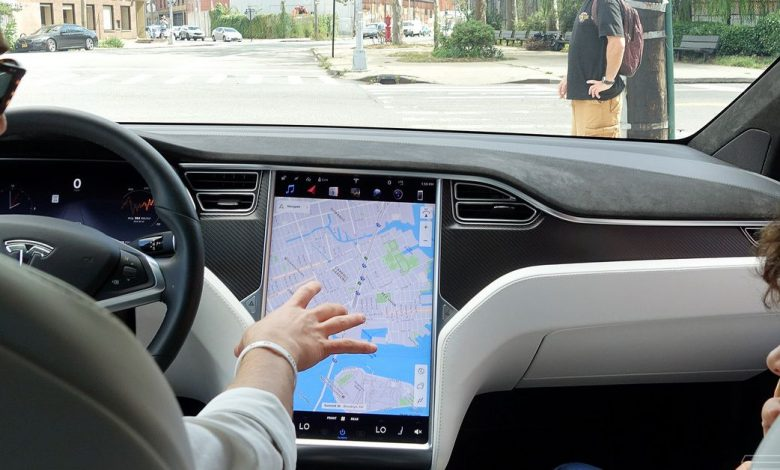 Tesla asked to recall 158,000 cars for failing touchscreens