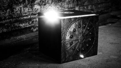 The $130 Mother Box kit offers an immersive Snyder Cut experience