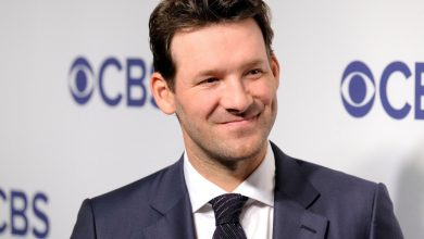 Tony Romo returning to CBS booth for Chiefs-Browns playoff game