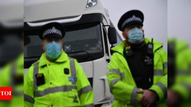 UK Lockdown News: UK police break up lockdown-flouting wedding with 400 guests | World News - Times of India
