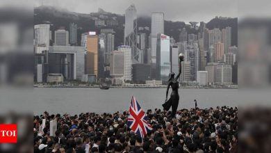 UK opens special visa route for Hong Kong residents to become citizens - Times of India