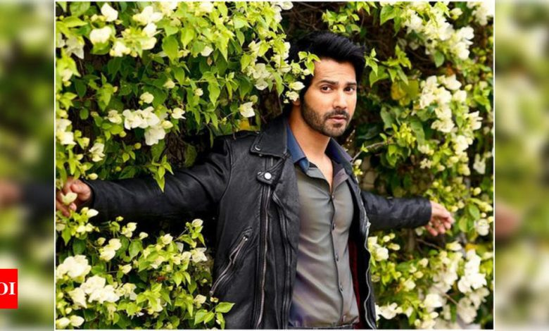 Varun Dhawan's car meets with a minor accident on the way to Alibaug - Times of India