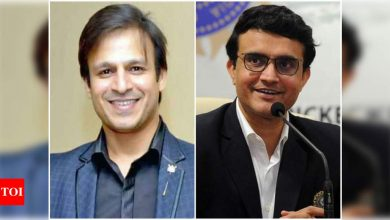 """Vivek Oberoi wishes Sourav Ganguly a speedy recovery: Millions of us die-hard """"dada"""" fans are praying for you - Times of India"""