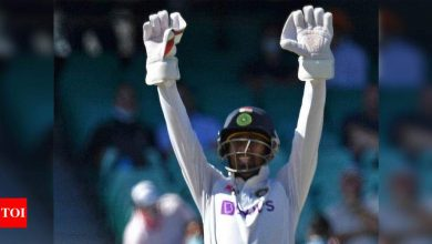 Wicketkeeping should remain a specialist position, says Wriddhiman Saha   Cricket News - Times of India