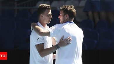 Australian Open:  Australian Open: Stan Wawrinka falls to fearless Marton Fucsovics in five-set thriller | Tennis News - Times of India