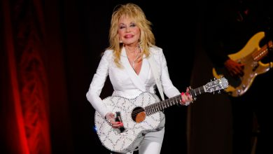 Dolly Parton Asks Tennessee Not to Put Her Statue at Capitol