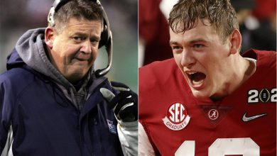 Charlie Weis doesn't want Patriots to be 'dumbasses' for passing on Mac Jones
