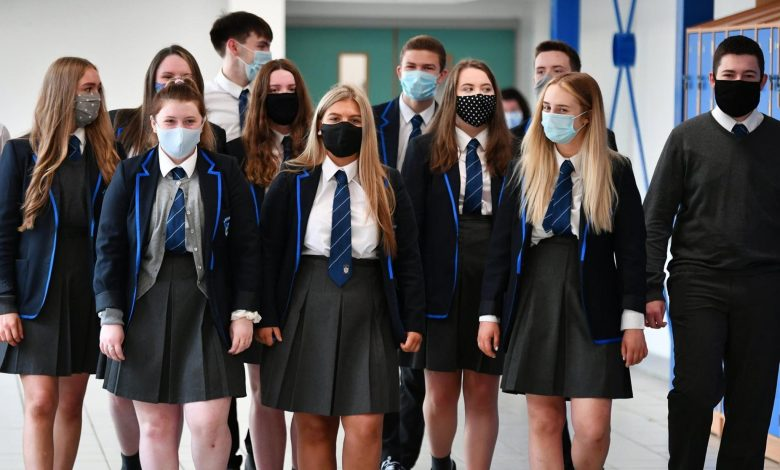 Coronavirus in Scotland: Parents of secondary pupils will be 'furious' at schools return announcement, campaigners claim