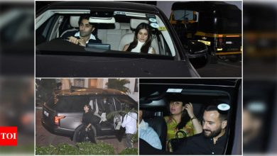 Alia Bhatt-Ranbir Kapoor, Tara Sutaria-Aadar Jain, Kareena Kapoor Khan-Saif Ali Khan and others arrive at Kapoor house in the city - Times of India