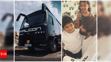 Allu Arjun's vanity van Falcon meets with an accident while returning from Rampachodavaram - Times of India