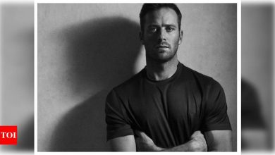 Armie Hammer 'not a cannibal, never drank blood'- Report - Times of India