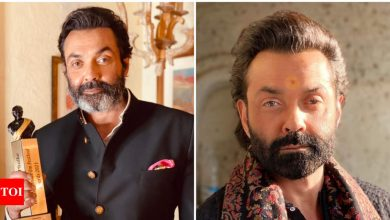 Bobby Deol wins Best Actor for MX Player's 'Aashram' at the Dadasaheb Phalke International Film Festival 2021 - Times of India