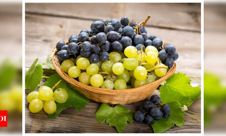 Eating grapes can prevent skin damage: Study - Times of India