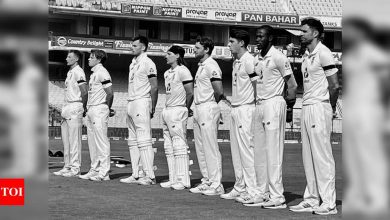 England players sport black armbands to pay tribute to Captain Tom Moore | Cricket News - Times of India