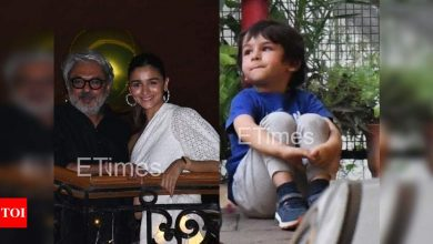 Etimes Paparazzi Diaries: Alia Bhatt attends Sanjay Leela Bhansali's birthday bash, Taimur Ali Khan enjoys a playdate - Times of India