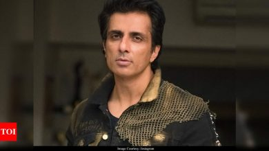 """""""Justice prevails,"""" says Sonu Sood as SC allows him withdraw petition and gives him time to take 'corrective measure' - Times of India"""