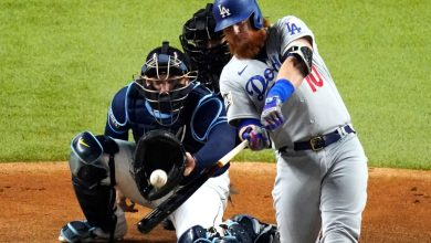 Justin Turner agrees to two-year, $34 million deal to return to Dodgers