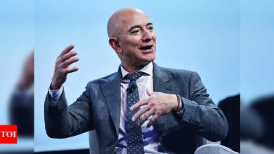 Read Jeff Bezos' email to employees after he quits as Amazon CEO - Times of India