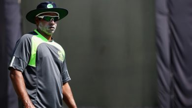 SLC says Chaminda Vaas 'holding the game to ransom' after fast bowling coach's resignation