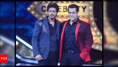 Salman Khan joins Shah Rukh Khan on the sets of 'Pathan' - View Pics - Times of India