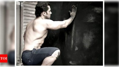 Salman Khan says he is 'awkward, embarrassed and yet delighted' to have his paintings going on display - Times of India