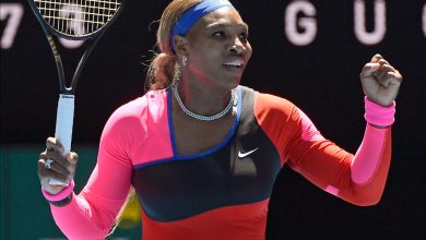 Serena Williams advances at Australian Open with surprisingly close win