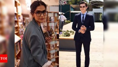 "Sonam Kapoor feels Tom Holland would be a ""perfect Bond"" - Times of India"