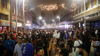 Tampa streets packed with maskless revelers ahead of Super Bowl 2021