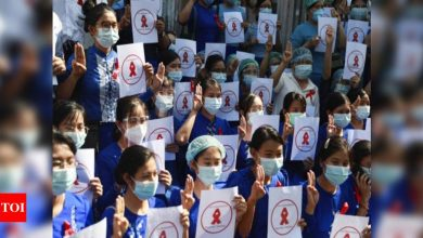 Thousands protest army takeover in Myanmar's biggest city - Times of India