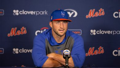 Tim Tebow didn't deserve this relentless public mockery
