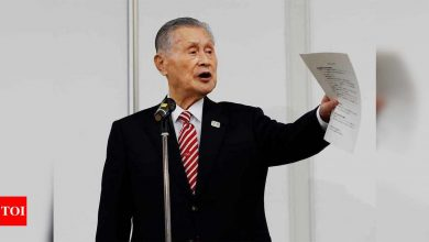 Tokyo Olympics boss refuses to resign over sexist remarks | Tokyo Olympics News - Times of India