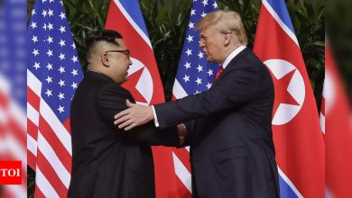 Trump 'offered Kim Jong Un a ride home on Air Force One' - Times of India