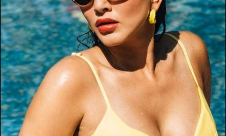Sunny Leone to Samantha, T-Town Divas Sizzle in Yellow