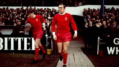 Jimmy Greaves and others pay tribute to 'great footballer' Ian St John after Liverpool legend's death