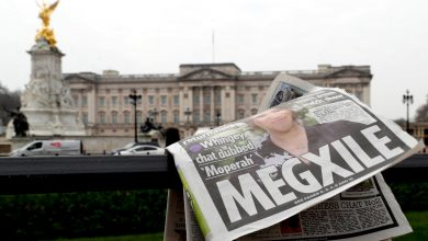 Buckingham Palace Silence on Harry, Meghan Allegations Add to Furor