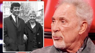 Tom Jones' late wife's response to hundreds of affairs: 'At home he's mine'