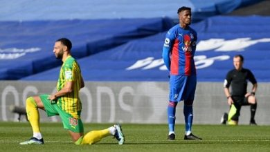 Crystal Palace's Wilfried Zaha becomes first Premier League player not to take the knee