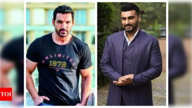 Arjun Kapoor opens up about working with John Abraham in 'Ek Villain Returns', says he will put in twice the effort in building physique - Times of India