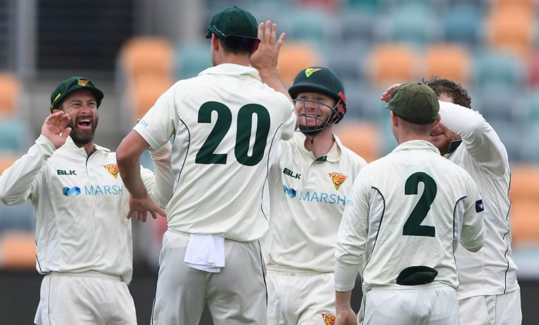 Clinical Tasmania secure 298-run victory as New South Wales' batting struggles again