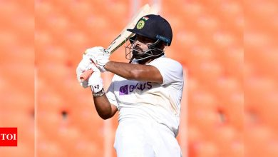 Effortless nonchalance: Rishabh Pant on reverse flicking pacers, making commentators look dull | Cricket News - Times of India