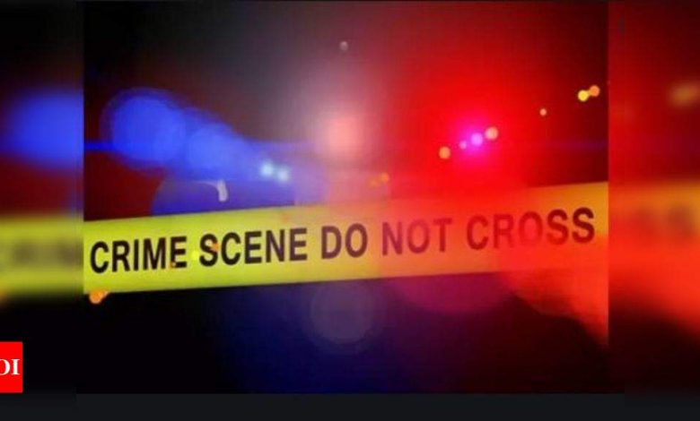 Gunfire kills 1, wounds 5 at illegal Philadelphia gathering - Times of India