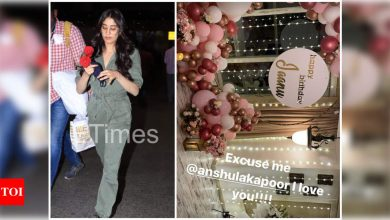 Janhvi Kapoor returns to the bay; gets a warm welcome from sister Anshula Kapoor - Times of India